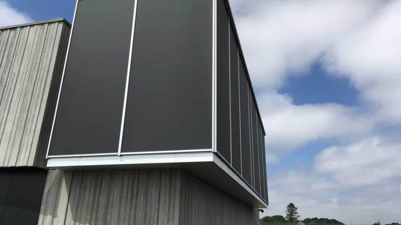Solafskærmning til store vinduer - Renson Fixscreen 150