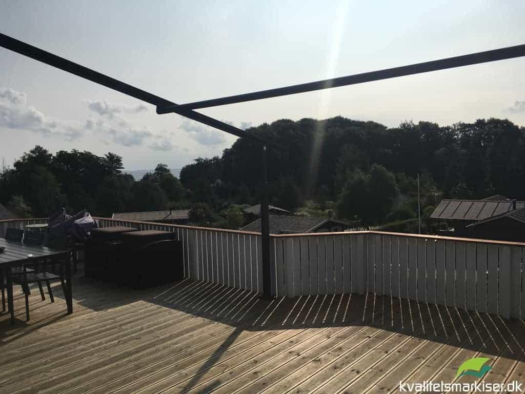Pergolamarkise til som terrasseoverdækning