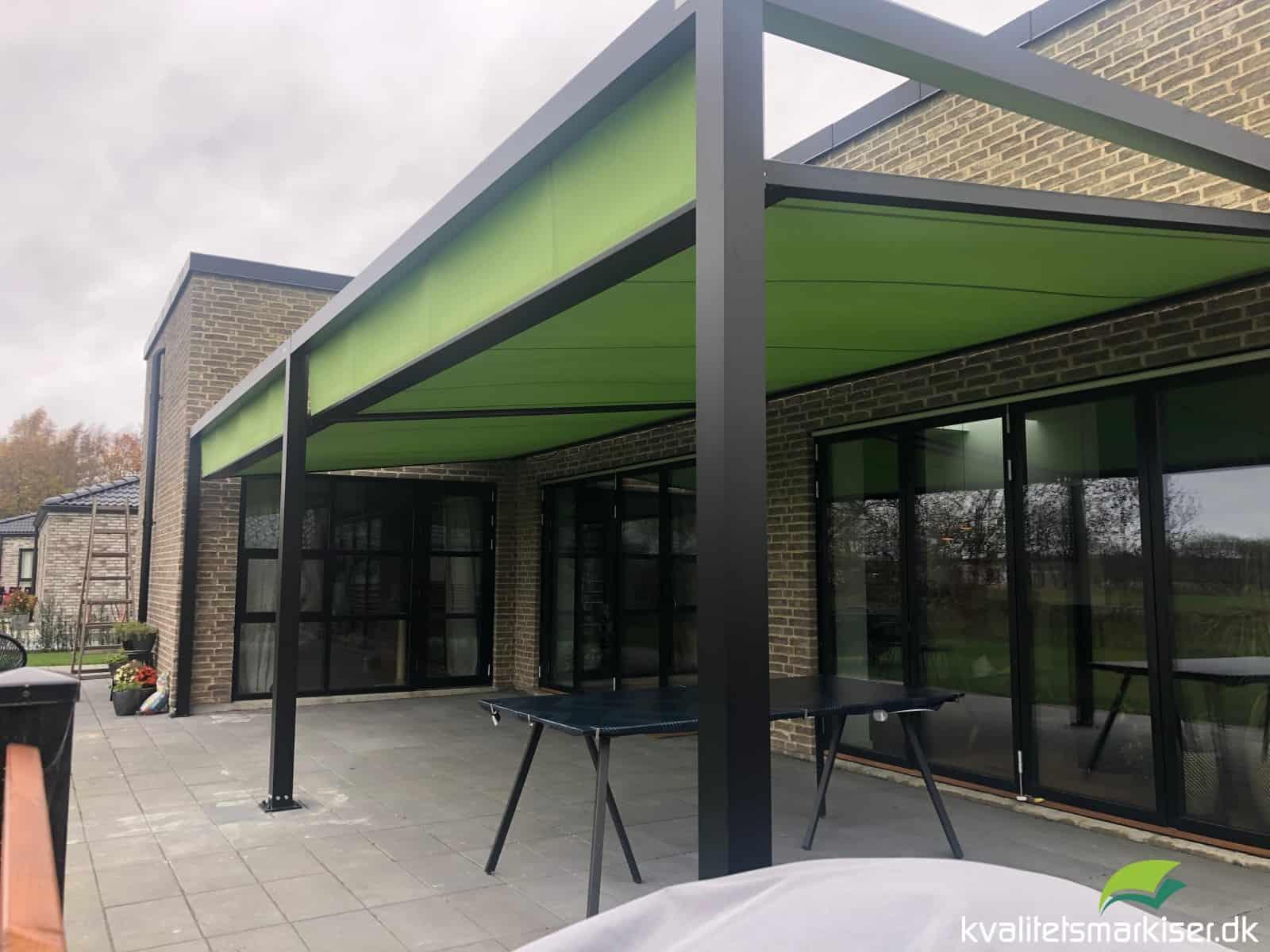 Dobbelt Q.BUS markise til privat hus i Sorø